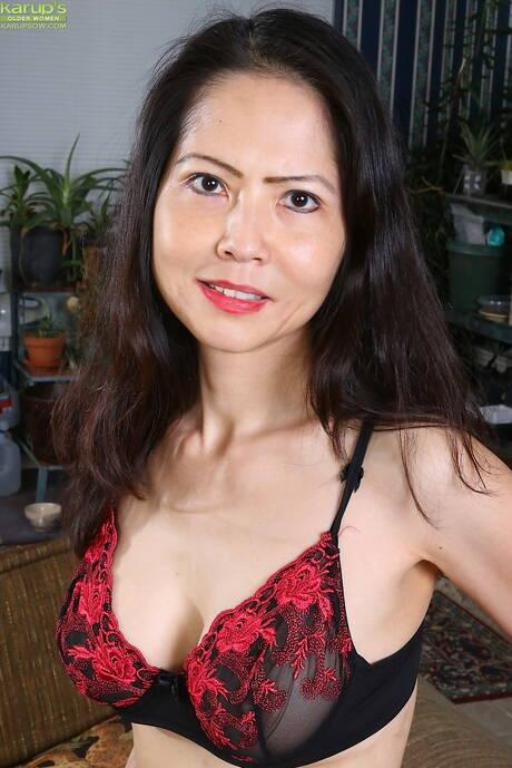 Chinese Mature Porn Pics