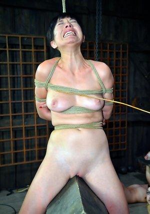 Spanking Porn Pics